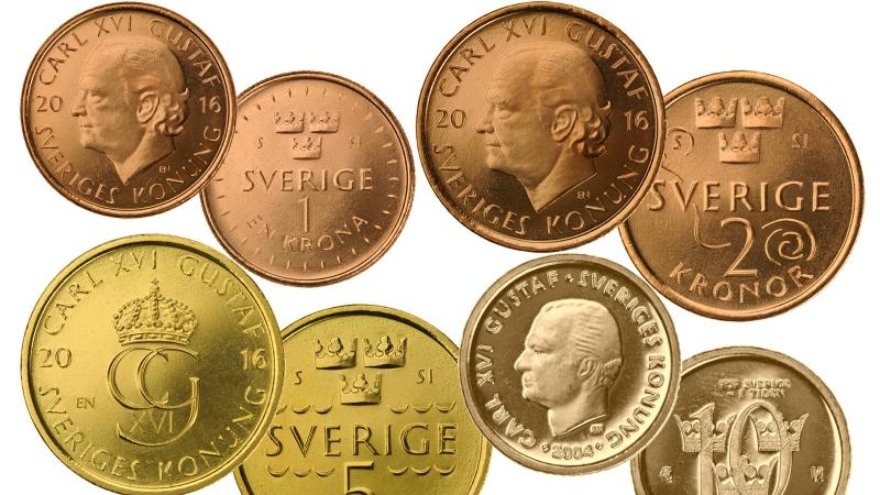 De nya mynten, ett- två- fem- och tiokronor.