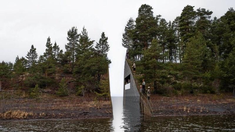 Vatten som rinner mellan två berg. Bergen har skog och är kapade rakt av.